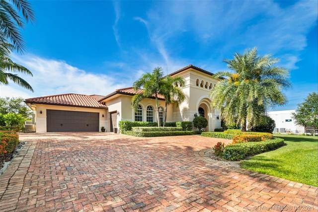 17120 Reserve Ct, Southwest Ranches, FL 33331 (MLS #A11026296) :: The Paiz Group