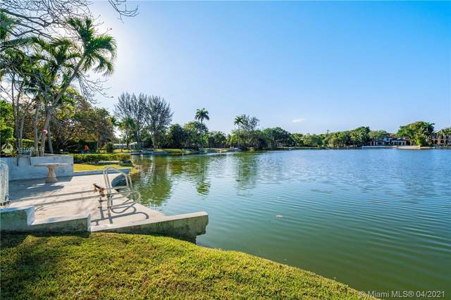 5290 N Kendall Dr, Coral Gables, FL 33156 (MLS #A11026416) :: The Riley Smith Group