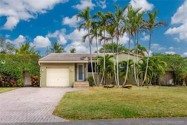 1637 Cleveland St, Hollywood, FL 33020 (MLS #A11026831) :: GK Realty Group LLC