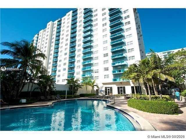 4001 S Ocean Dr 15F, Hollywood, FL 33019 (MLS #A11026852) :: Castelli Real Estate Services