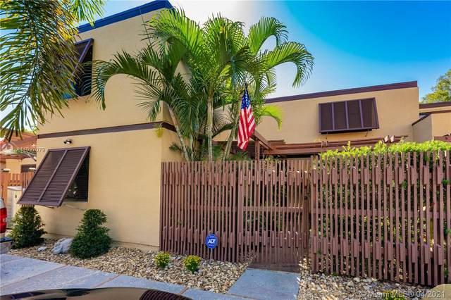 1520 W Golfview Dr, Pembroke Pines, FL 33026 (MLS #A11027079) :: Albert Garcia Team