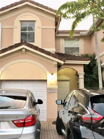 12252 SW 124th Path, Miami, FL 33186 (MLS #A11027127) :: The Rose Harris Group
