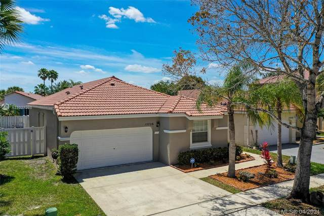 15726 NW 16th Ct, Pembroke Pines, FL 33028 (MLS #A11027298) :: Green Realty Properties