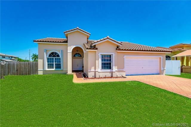2801 SW 142nd Ct, Miami, FL 33175 (MLS #A11027325) :: Berkshire Hathaway HomeServices EWM Realty