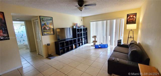 4276 NW 89th Ave #202, Coral Springs, FL 33065 (MLS #A11027337) :: Miami Villa Group