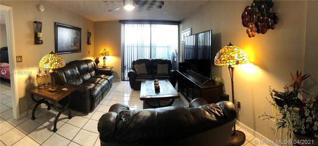 10000 NW 80th Ct #2102, Hialeah Gardens, FL 33016 (MLS #A11027533) :: Miami Villa Group
