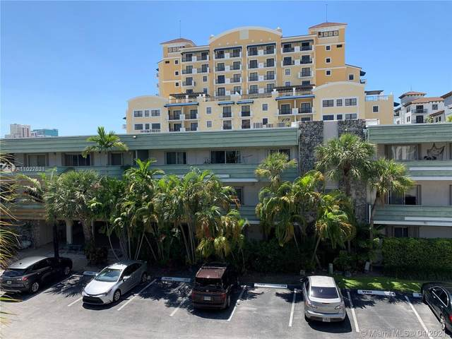 8315 SW 72nd Ave 313B, Miami, FL 33143 (MLS #A11027631) :: Team Citron