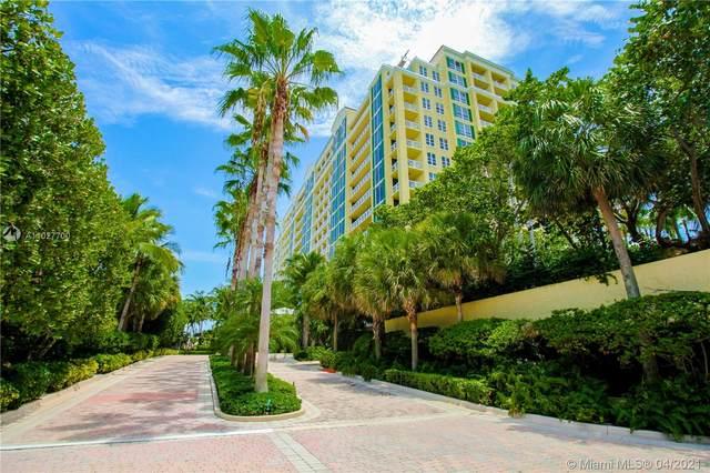 430 Grand Bay Dr #808, Key Biscayne, FL 33149 (MLS #A11027700) :: Berkshire Hathaway HomeServices EWM Realty