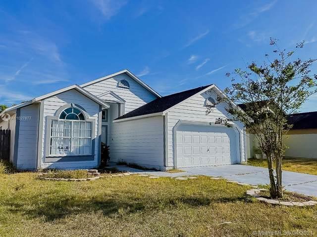 142 Ethan Ave, Davenport, FL 33897 (MLS #A11027877) :: Castelli Real Estate Services