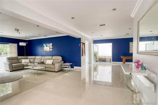 2001 NE 122 St, North Miami, FL 33181 (MLS #A11027910) :: Green Realty Properties