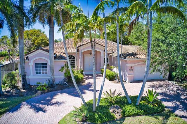 16132 SW 84th Ct, Palmetto Bay, FL 33157 (MLS #A11027971) :: Patty Accorto Team