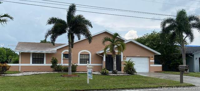 10406 NW 71st Pl, Tamarac, FL 33321 (MLS #A11028041) :: Prestige Realty Group