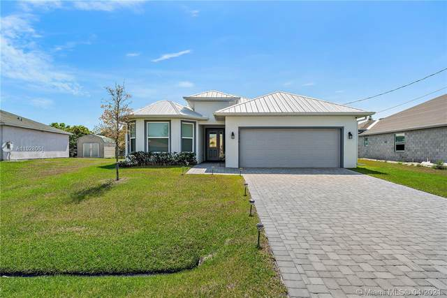 6126 NW Gaylord Ter, Port Saint Lucie, FL 34986 (MLS #A11028051) :: The Jack Coden Group