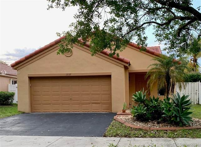 1537 Estancia Cir, Weston, FL 33327 (MLS #A11028367) :: The Rose Harris Group