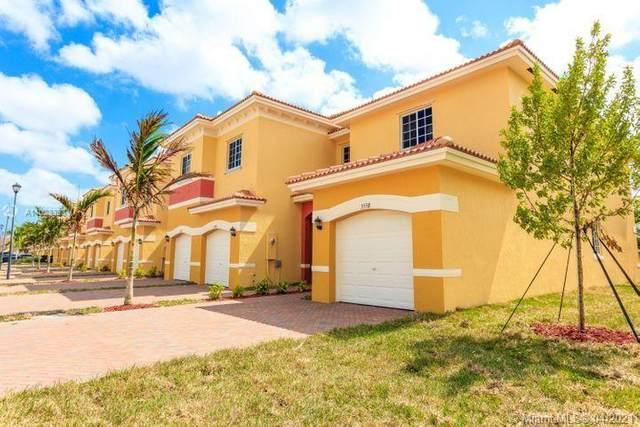 3622 NW 29th Pl, Lauderdale Lakes, FL 33311 (MLS #A11028393) :: Team Citron