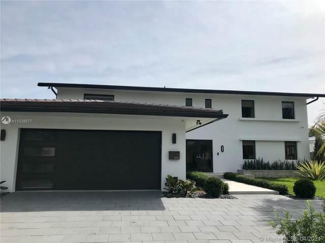 1865 NE 117th Rd, North Miami, FL 33181 (MLS #A11028577) :: Green Realty Properties