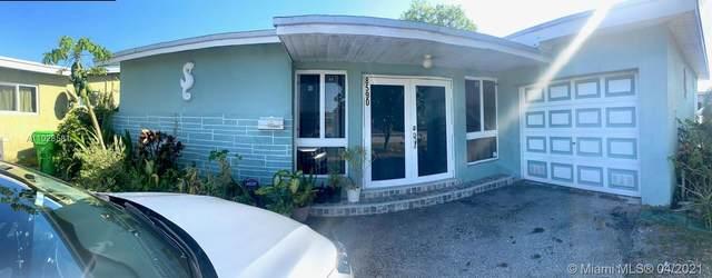 8590 NW 25th Ct, Sunrise, FL 33322 (MLS #A11028581) :: Berkshire Hathaway HomeServices EWM Realty