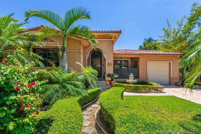 1530 Consolata Ave, Coral Gables, FL 33146 (MLS #A11028651) :: Albert Garcia Team