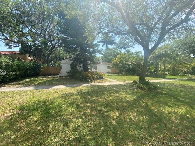 334 NE 102nd St, Miami Shores, FL 33138 (MLS #A11028691) :: The Jack Coden Group