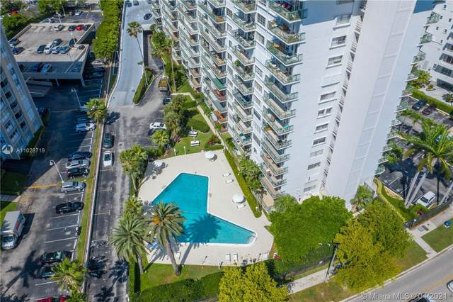 1408 Brickell Bay Dr #215, Miami, FL 33131 (MLS #A11028719) :: The Howland Group