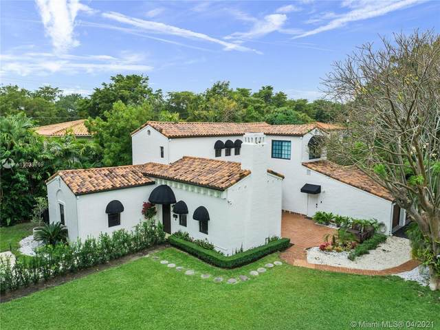 5500 Alhambra Cir, Coral Gables, FL 33146 (MLS #A11028769) :: The Howland Group
