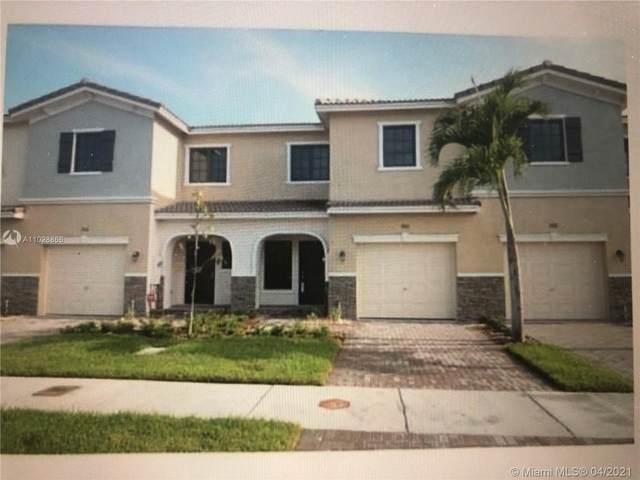 304 NE 194th Ln #304, Miami, FL 33179 (MLS #A11028866) :: Team Citron