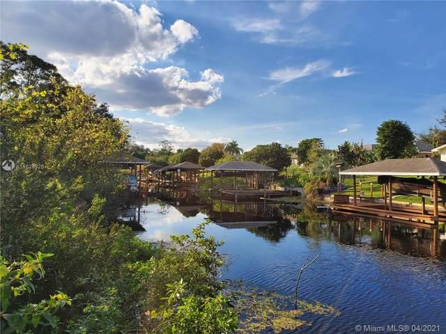 300 Anderson, Lake Placid, FL 33852 (MLS #A11028928) :: Castelli Real Estate Services