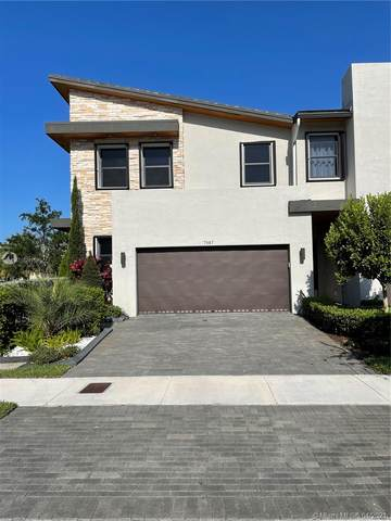 7987 NW 105th Ct, Doral, FL 33178 (MLS #A11029158) :: Albert Garcia Team