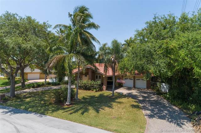 17804 SW 83rd Ct, Palmetto Bay, FL 33157 (MLS #A11029268) :: The Jack Coden Group