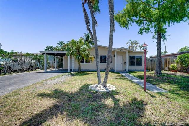 6740 Custer St, Hollywood, FL 33024 (MLS #A11029271) :: The Jack Coden Group