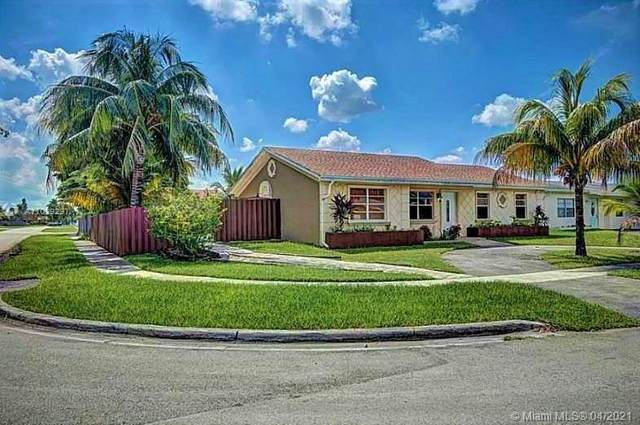 7800 SW 7th St, North Lauderdale, FL 33068 (MLS #A11029297) :: The Paiz Group