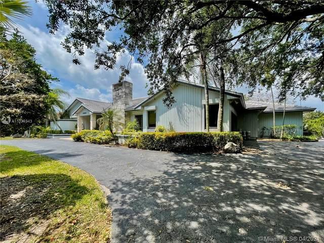 16300 SW 77TH AVE, Palmetto Bay, FL 33157 (MLS #A11029343) :: Carole Smith Real Estate Team