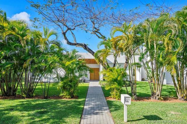7001 SW 57th St, Miami, FL 33143 (MLS #A11029442) :: The Jack Coden Group
