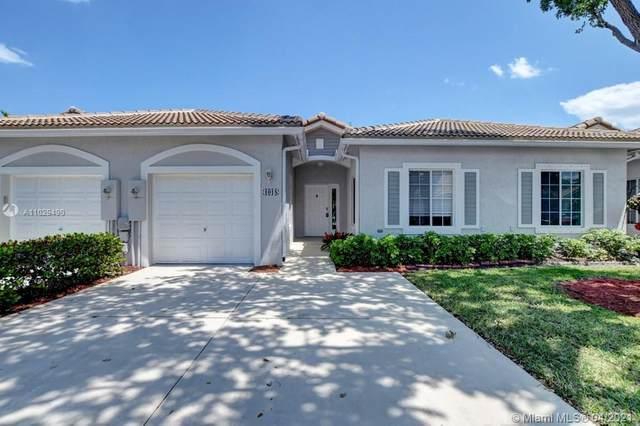 1018 SW 42nd Terrace, Deerfield Beach, FL 33442 (MLS #A11029490) :: Castelli Real Estate Services