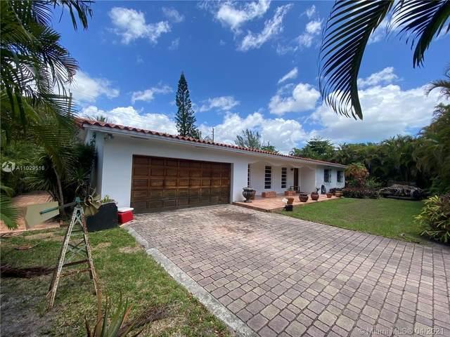 7021 SW 92nd St, Pinecrest, FL 33156 (#A11029516) :: Posh Properties