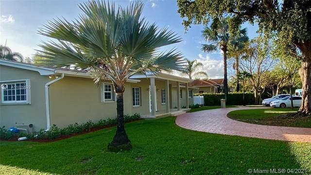 14401 SW 82 AVE, Palmetto Bay, FL 33158 (MLS #A11029522) :: Carole Smith Real Estate Team