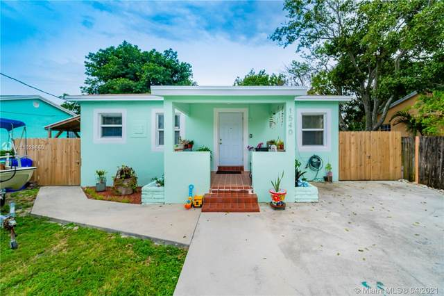 1540 NW 55th St, Miami, FL 33142 (MLS #A11029650) :: The Riley Smith Group