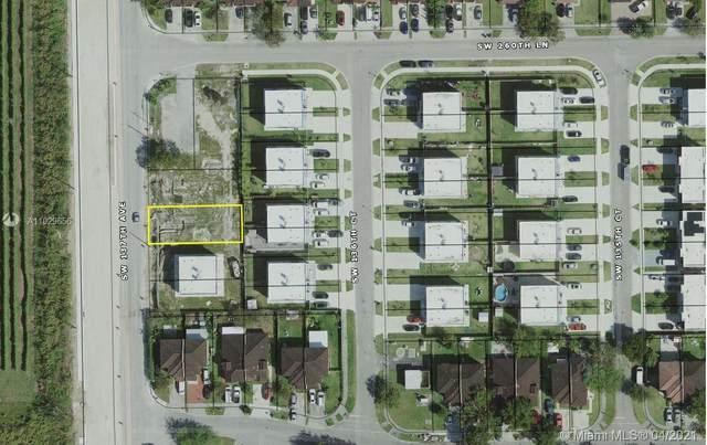 26133 SW 137th Ave, Homestead, FL 33032 (MLS #A11029656) :: Equity Advisor Team
