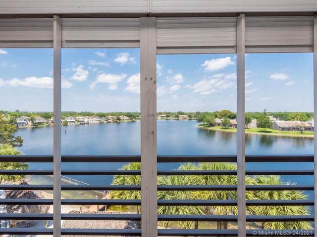 1100 Colony Point Cir #502, Pembroke Pines, FL 33026 (MLS #A11029836) :: United Realty Group