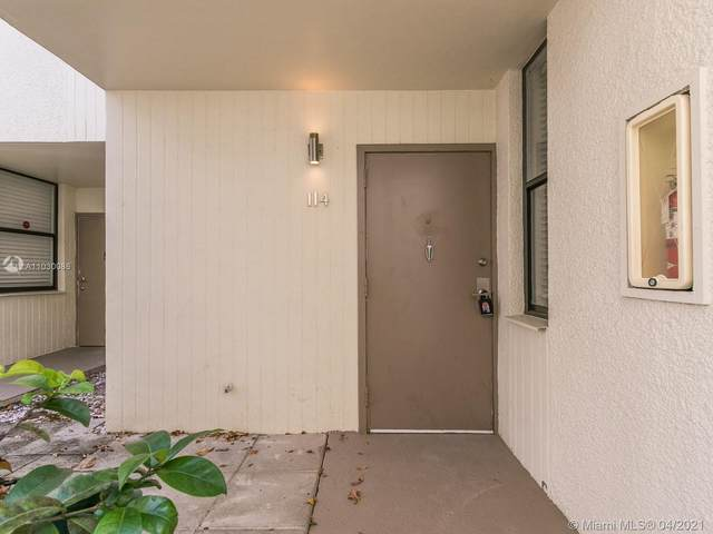 20300 W Country Club Dr 114-3, Aventura, FL 33180 (MLS #A11030086) :: The Riley Smith Group