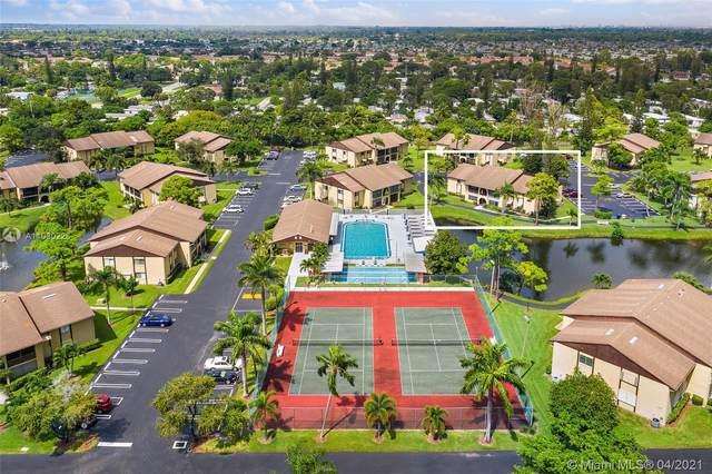 341 Pine Ridge Cir D-2, Green Acres, FL 33463 (MLS #A11030226) :: Compass FL LLC