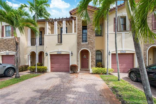 10265 NW 32nd Ter #10265, Doral, FL 33172 (MLS #A11030435) :: The Riley Smith Group