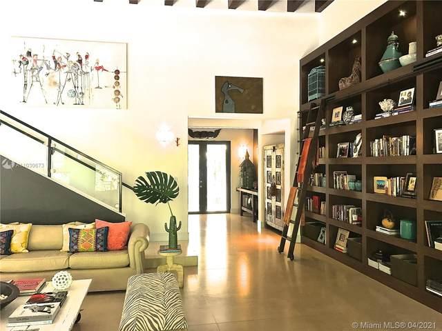 667 Warren Ln, Key Biscayne, FL 33149 (MLS #A11030673) :: Carole Smith Real Estate Team