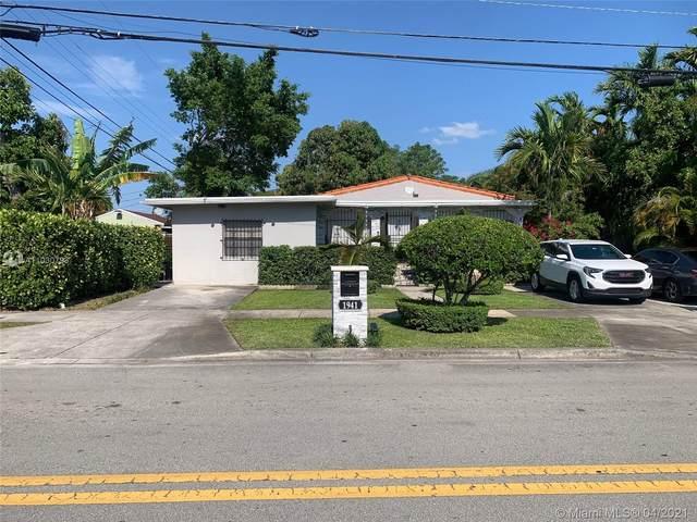 1941 E 5th Ave, Hialeah, FL 33013 (#A11030793) :: Posh Properties