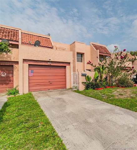 Lauderhill, FL 33313 :: United Realty Group