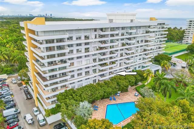 155 Ocean Lane Dr #405, Key Biscayne, FL 33149 (MLS #A11030962) :: Carole Smith Real Estate Team