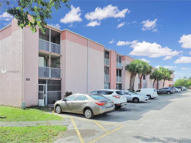 19781 SW 114th Ave #342, Miami, FL 33157 (MLS #A11031325) :: The Teri Arbogast Team at Keller Williams Partners SW