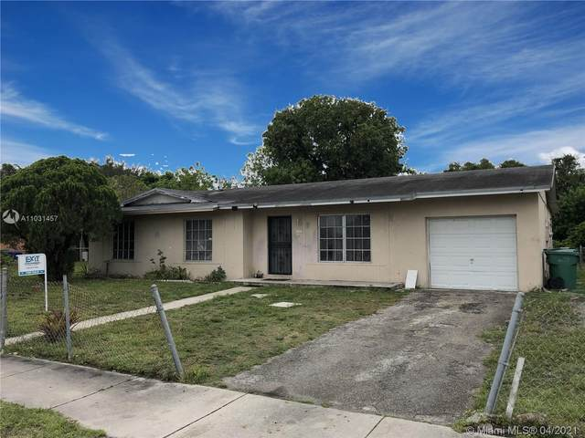 20240 NW 33rd Ct, Miami Gardens, FL 33056 (MLS #A11031457) :: Carole Smith Real Estate Team