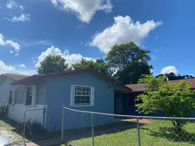 Lauderhill, FL 33313 :: Posh Properties