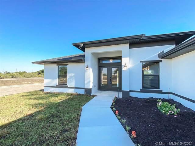 7691 18th Pl, La Belle, FL 33935 (MLS #A11031726) :: Berkshire Hathaway HomeServices EWM Realty